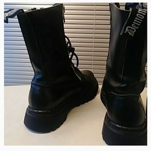 Demonia Shoes - Demonia Dual Zip Lacey Combat Boots